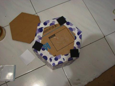 怎样用废旧纸箱做手工