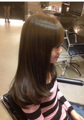 上段头发4度下段头发5度染六度冷棕配方