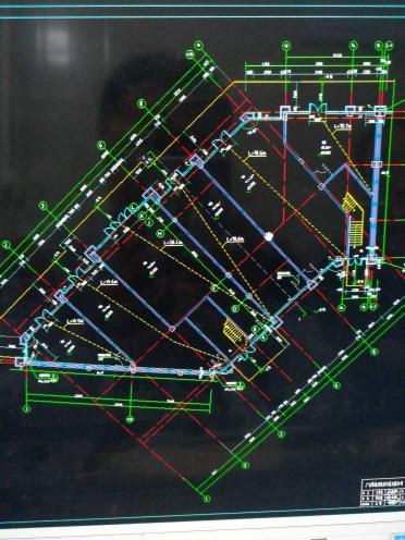 用cad看建筑图,轴号与尺寸线打印不显示了,之cad谈显出来地形图图片