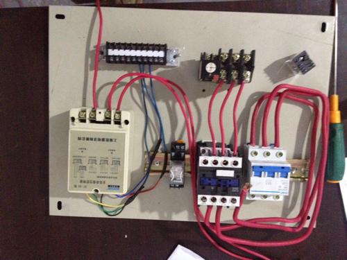 全自动液位控制器,求接线图
