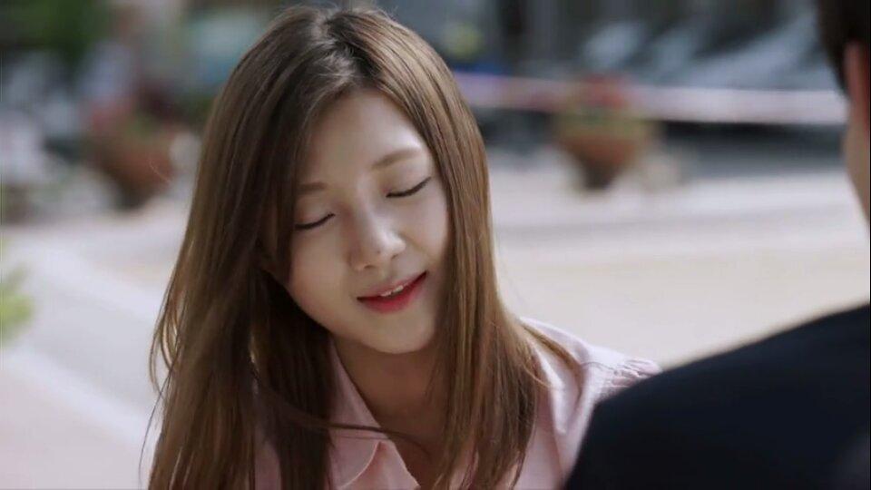 求这个韩国女明星的电影,请尽量精确一点,图出自妈妈《特工的名字》朋友《栋笃影片》迅雷下载图片