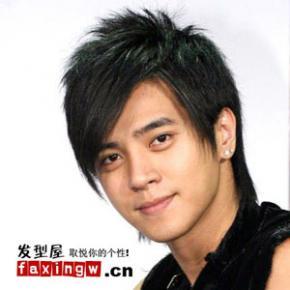 男生斜刘海怎么剪?怎么跟理发师说?要留多长头发?要钱吗?图片