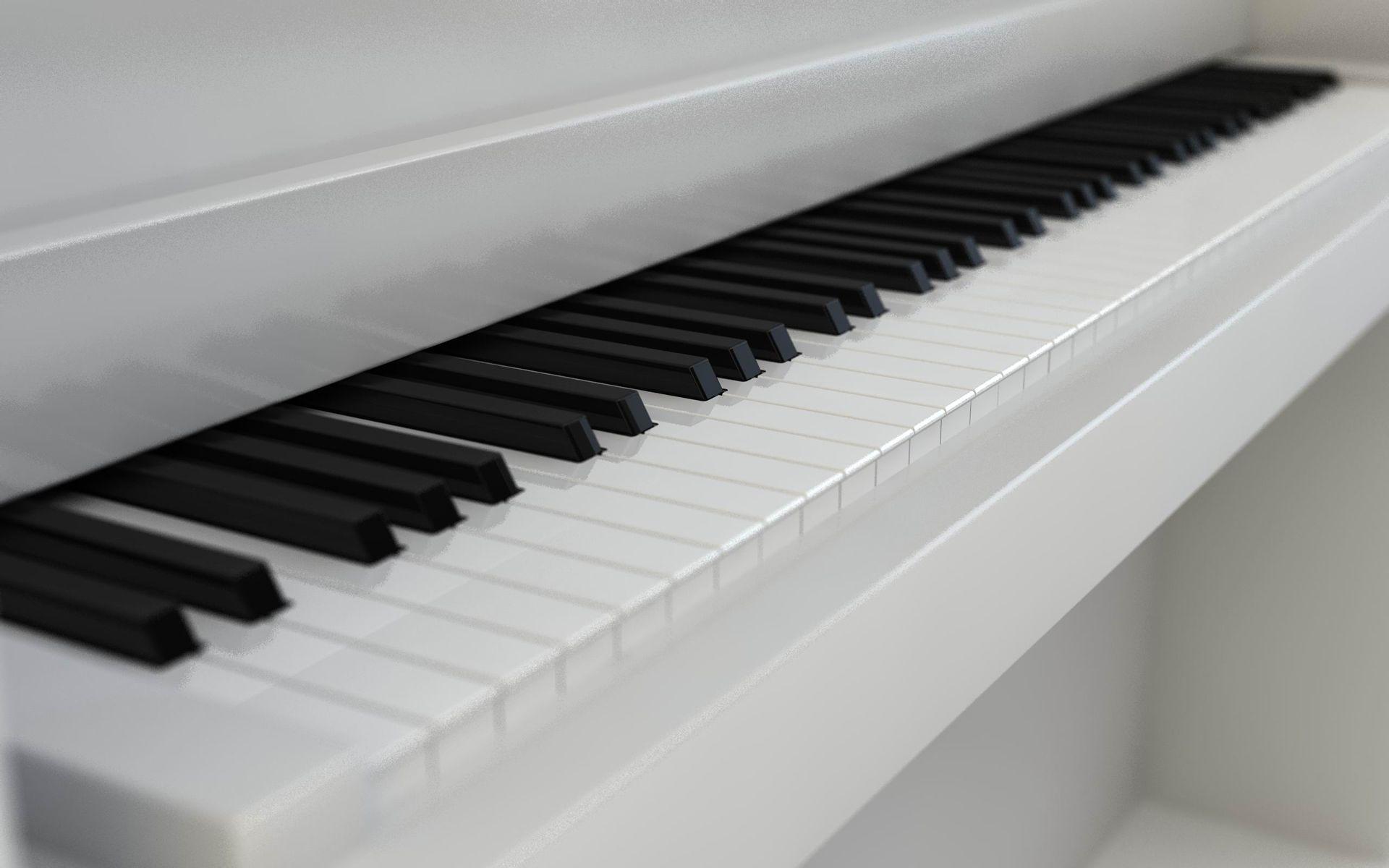 求一张白色钢琴的图片,背景也要纯白的,不要有人
