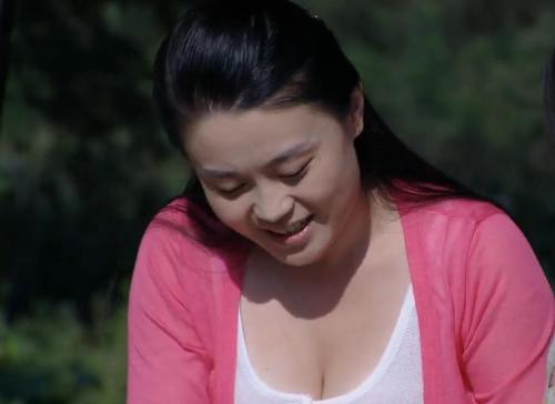 乡村爱情8杨晓燕大尺度沐浴洗澡 赵本山看是第几集呆