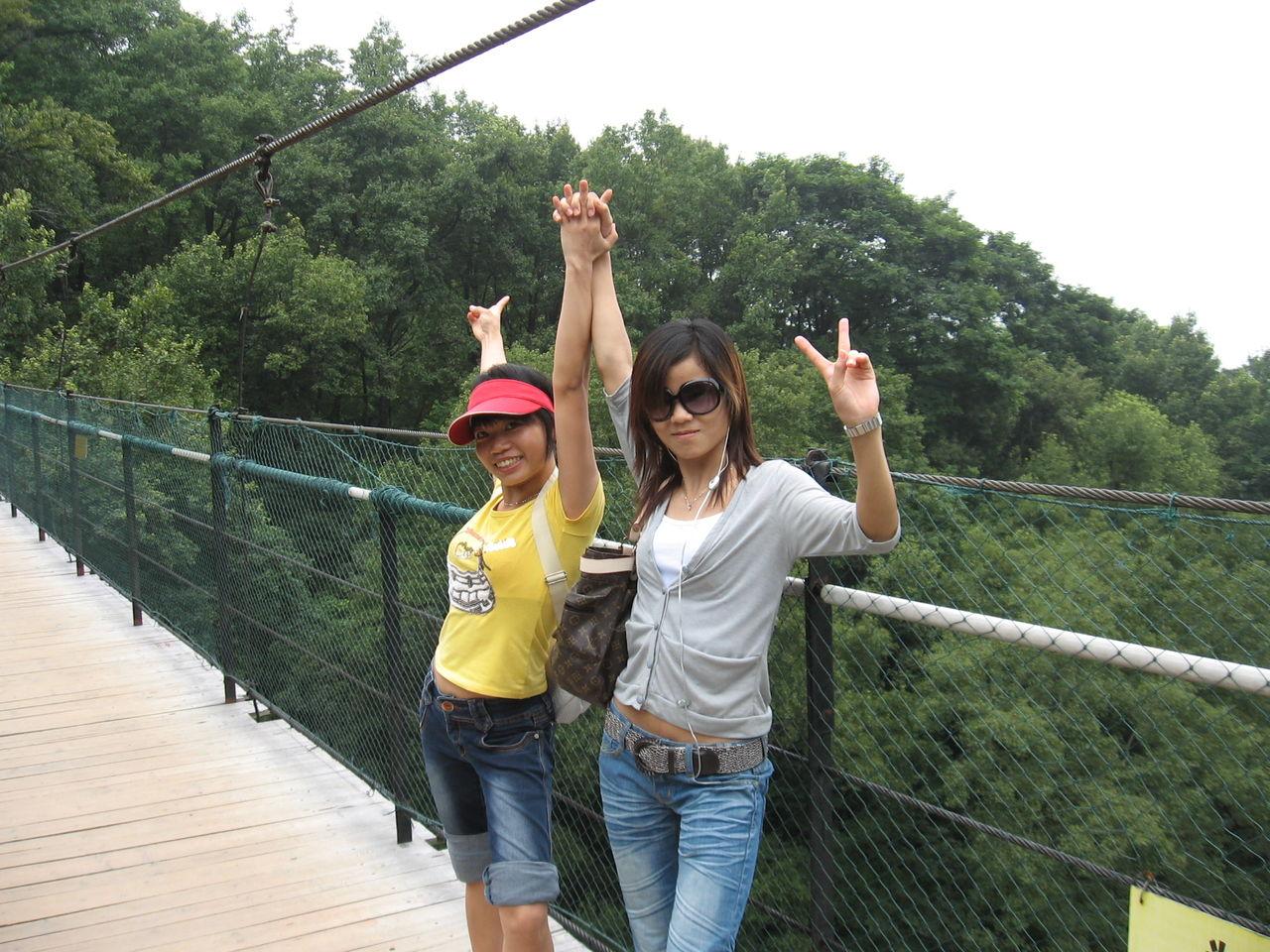 找几张15-17岁(高中生)去桂林旅游的高中!照片上海浦东v高中图片