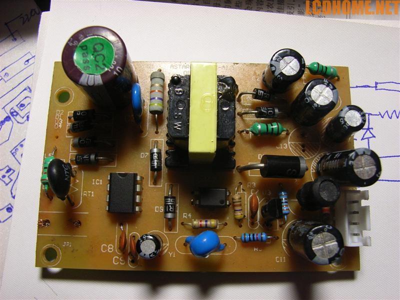 二极管在电路板上的图示