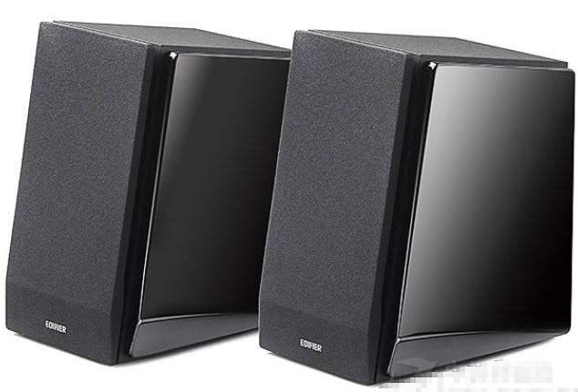 展开全部   漫步者r1800tiii音箱属于高性价比2.