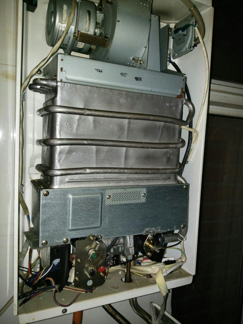 万和的,燃气热水器.图片