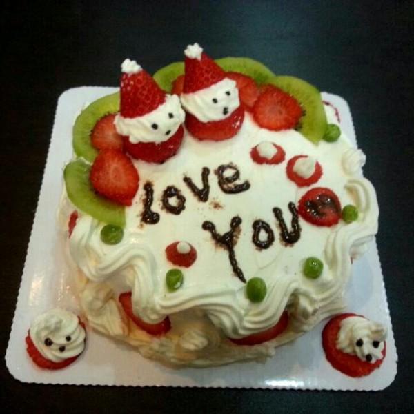 可爱生日蛋糕图片大全