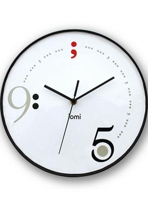 时钟 晚上9点 手绘