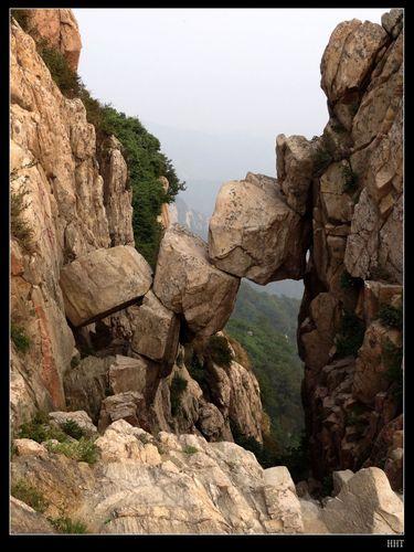 泰山顶上风景图片