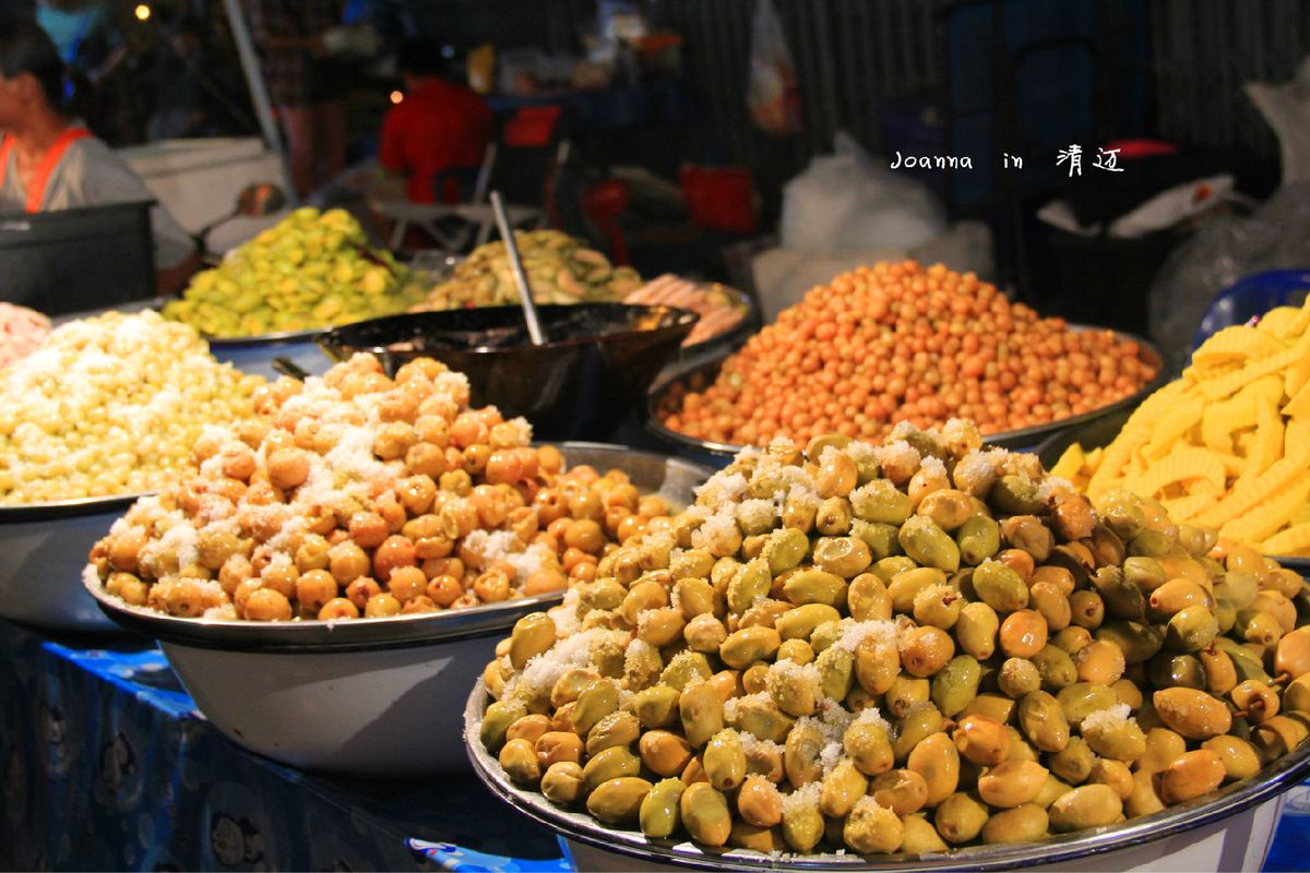 回到小时候,逛夜市凑热闹-泰国美食