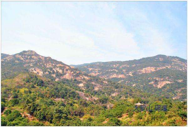 风景区位于东北部,包括五大子景区——千佛塔—国安寺景区,龙岗寺景区