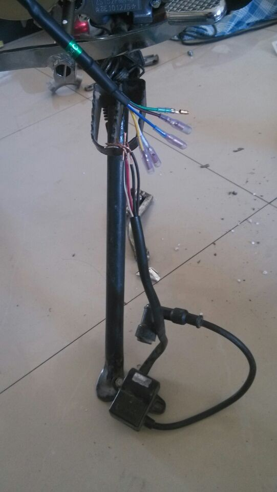 摩托车4线高压包怎么接线
