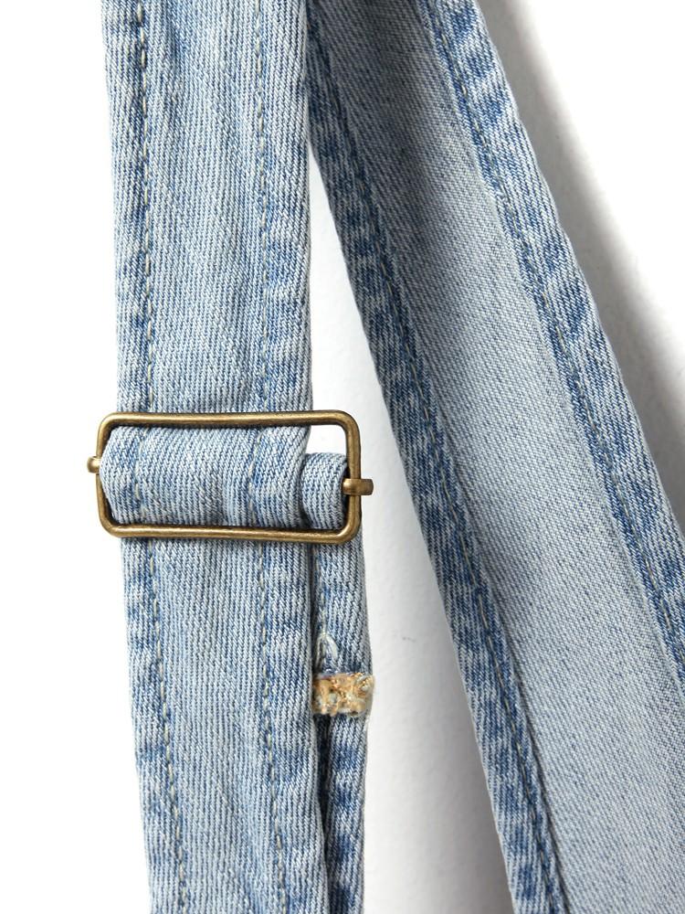 这总扣子的背带裤怎么安装?在线等 急!