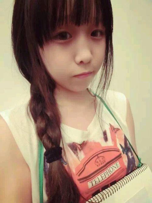 14岁漂亮女生照片萌萌的