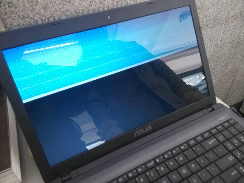 华硕笔记本屏幕�9l#_华硕笔记本 开机一段时间屏幕就成这样了?有人知道怎么回事吗?
