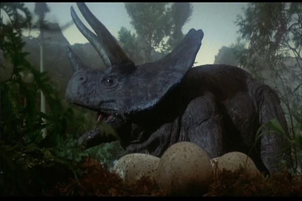 潜艇 原始人 吃恐龙肉