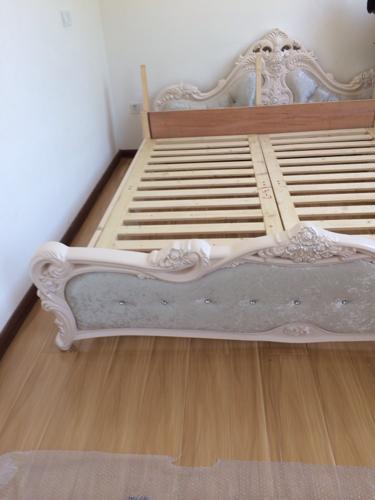 这种欧式床头怎么组装的