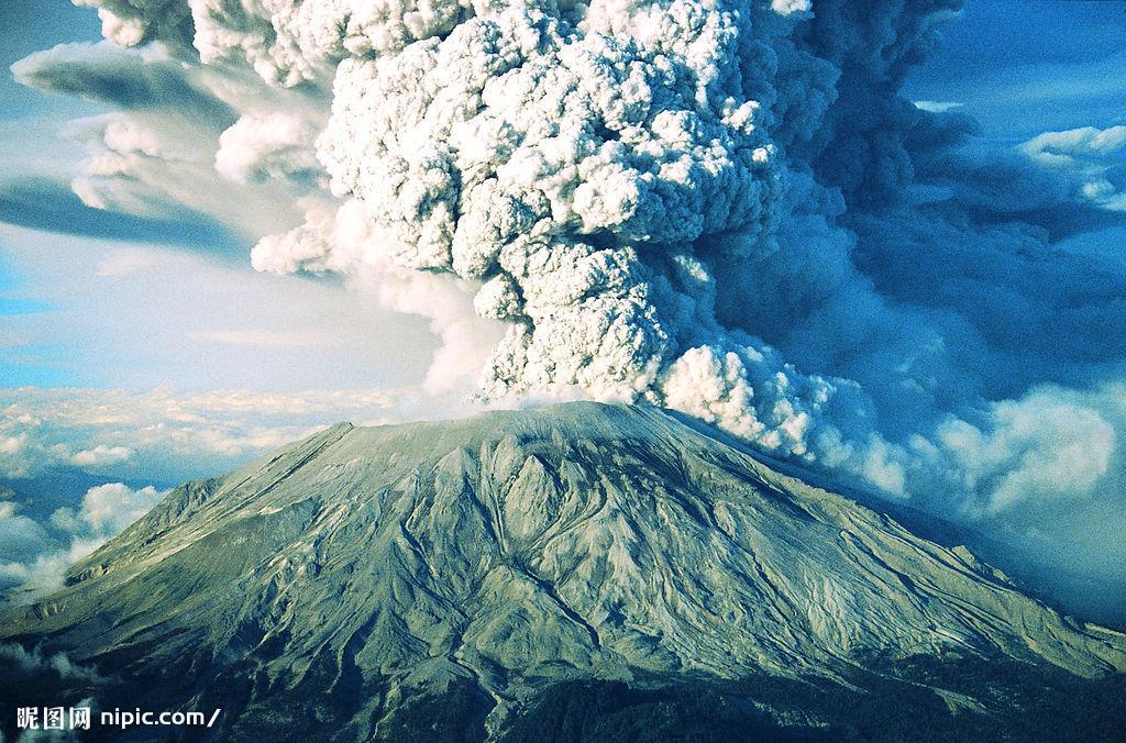 给我发火山爆发的图片.