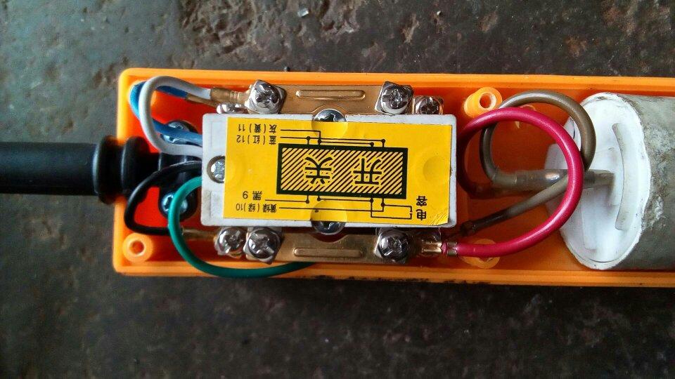 ps400a吊机手柄和电机怎么接线