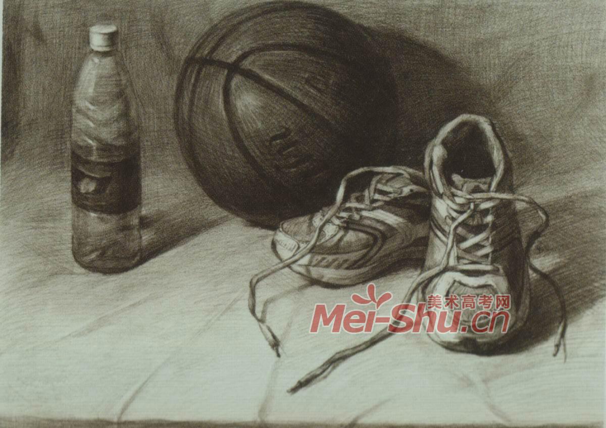 初一上册美术书素描排球和鞋子的学生作品图片图片