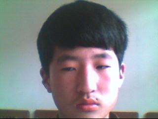 自来卷头发适合剪子弹头吗?如果不适合帮忙找个发型.图片