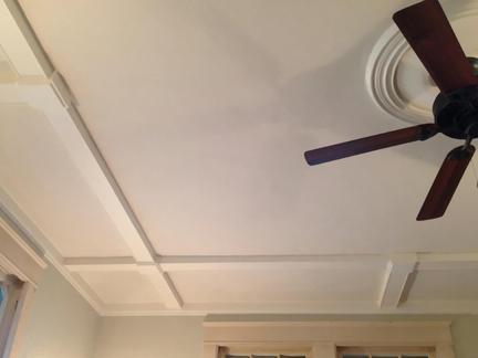 石膏板吊顶大概多少钱一个平方?