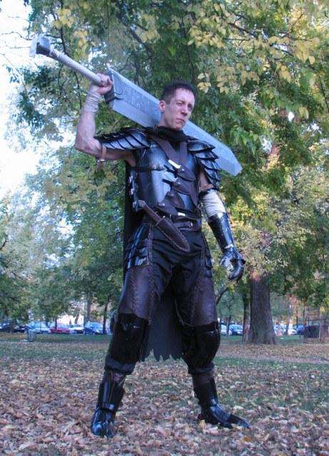 求一张剑风传奇/烙印战士男主角的真人cos图?