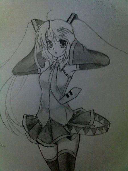给个简单的动漫绘画人物的图.最好是铅笔画的.