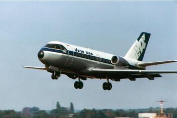 —— 德国的道尼尔vfw-614客机发动机也是在机翼上的