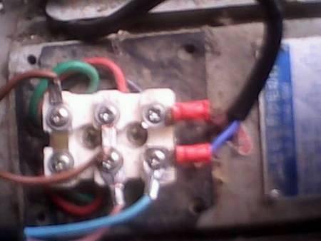 电机220v带电容接线图