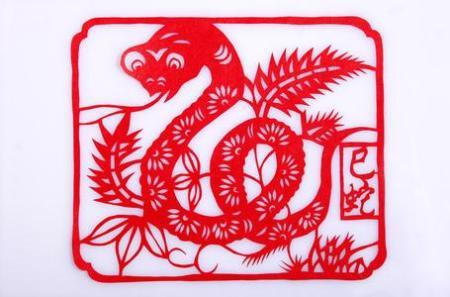 十二生肖里,蛇,猪的剪纸图片~要大红的