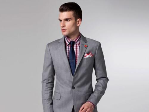 结婚领带颜色_结婚黑色西服,酒红色衬衫,配什么颜色领带呢?_百度知道