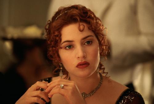 泰坦尼克号1女主角_关于泰坦尼克号中的女主角_百度知道