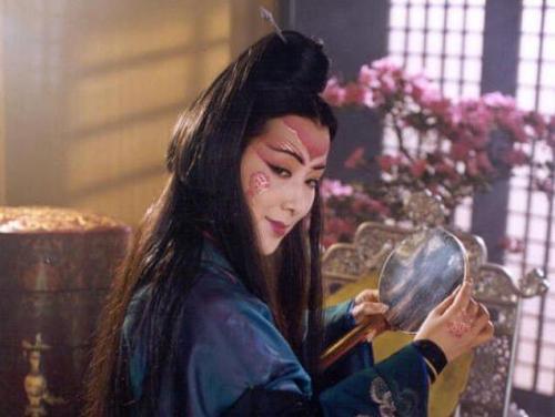 我的老婆是东方不败_李亚鹏版的《笑傲江湖》中东方不败的扮演者是谁?_百度知道