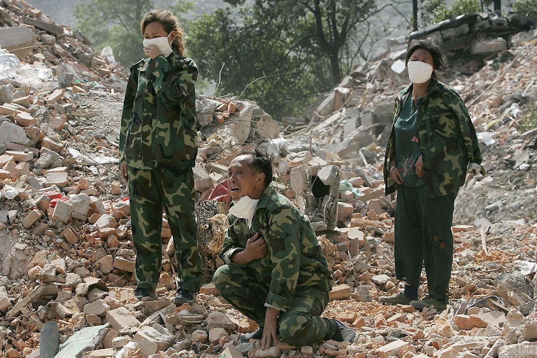 雅安地震是哪一年_汶川地震是哪一年几月几日 汶川地震是哪一年_百度知道
