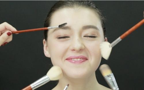 化妆都需要哪些东西_初学者化妆。需要哪些东西和步骤呢_百度知道