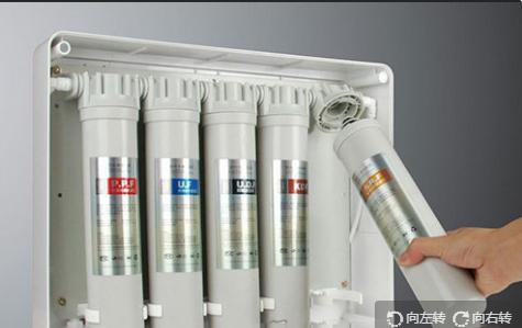 沁园净水器滤芯更换后怎么复位