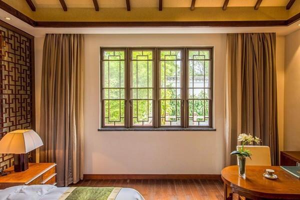 家里的窗户玻璃要选对,安全玻璃和钢化玻璃哪