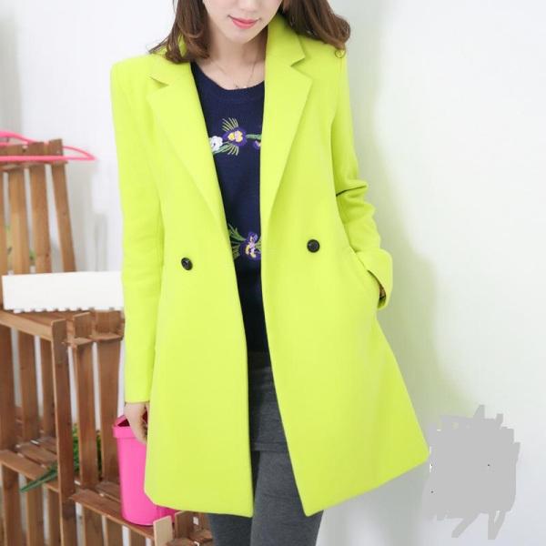 黄大衣搭配绿色短裤_黄绿色毛呢长大衣怎么搭配图片_百度知道