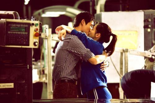 王晓晨吻戏很厉害,能把胡歌亲到吐,演员们拍吻戏时会害羞么?