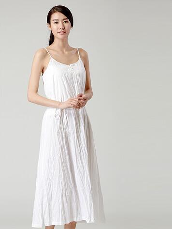 桑蚕丝面料优缺点_府绸和雪纺的优缺点,还有连衣裙这两个材质哪个好_百度知道