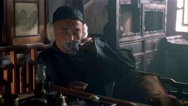 """【地主家也没有余粮啊】葛优在一部电影里说了句""""地主家也没有余粮啊""""是哪部电影啊"""