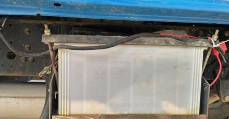 怎么给货车电瓶充电?