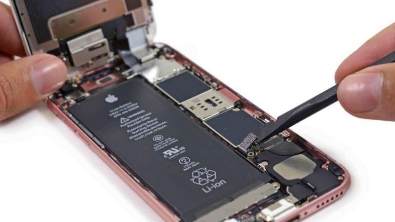 苹果手机换电池,是选第三方大容量电池好还是选原装电池好?