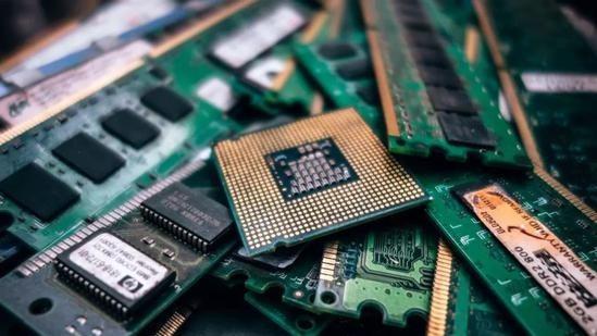 中国芯片技术和日韩之间,究竟有多大差距?