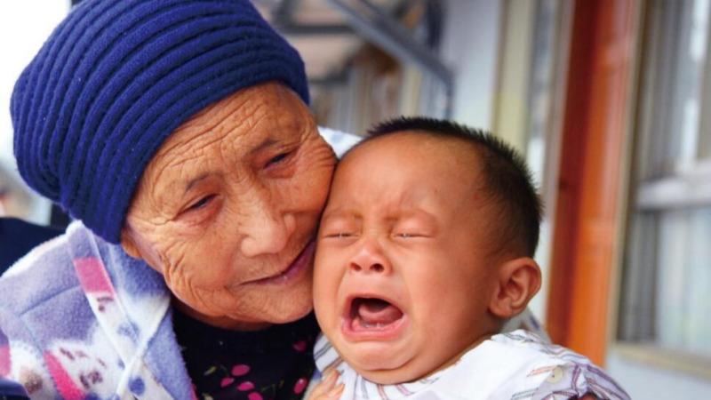 奶奶和外婆,谁对你更好?的头图