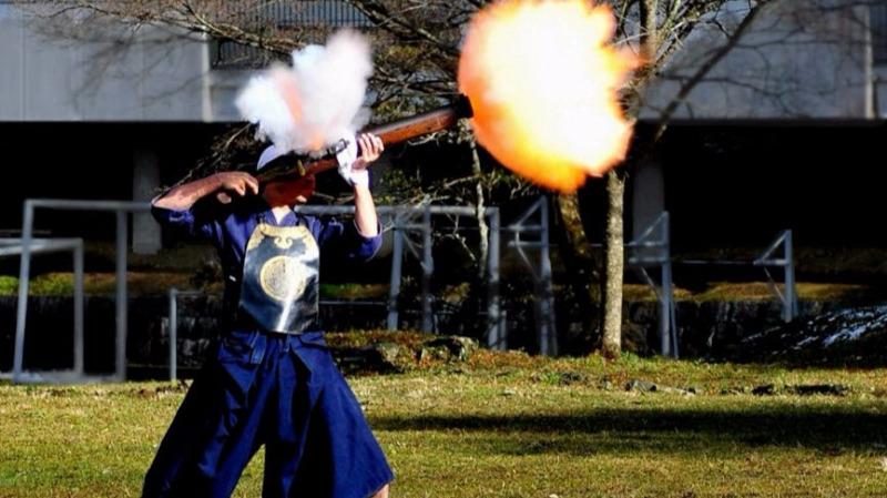 """日本战国时代的""""千人杀""""!日式特种火器抱式大筒和棒火矢鉴赏的头图"""