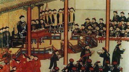 清朝的皇帝是说满语(女真语)还是汉语?的头图